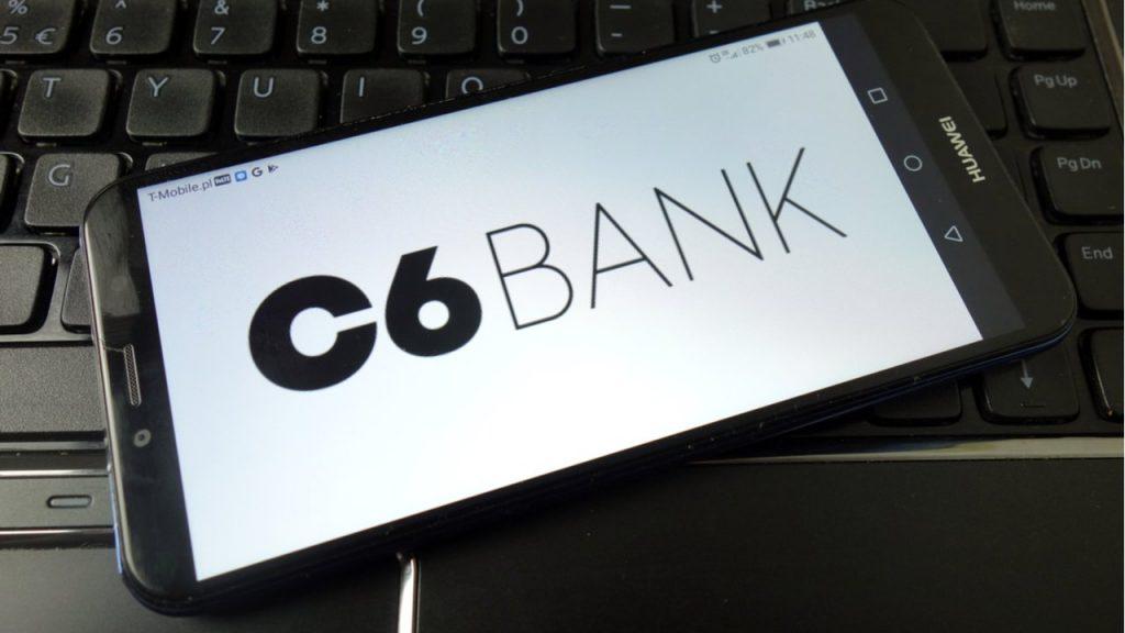 Banco C6 é conta digital e cartão de crédito gratuito